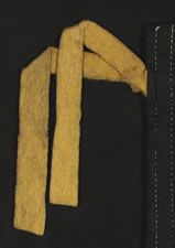 TRIANGULAR FELT WOMEN'S SUFFRAGETTE PENNANT WITH APPLIED LETTERS, CA 1910-1920