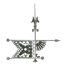 BANNERETTE WEATHERVANE, MADE BY J.W. FISKE (NEW YORK), IN AN ELEGANT STYLE WITH A BEAUTIFUL, PIERCED, FLAG AND FAN DESIGN, 1880-1890's