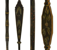 SET OF 6 PAINT-DECORATED, BIRD CAGE, ARROW-BACK, HALF-SPINDLE-BACK WINDSOR CHAIRS, AN UNKNOWN FORM, CA 1815
