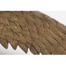 CARVED AMERICAN EAGLE, CA 1810-1830, WITH EXCEPTIONAL FORM, CRAFTSMANSHIP AND SCALE