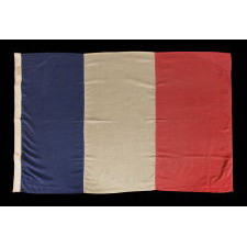 THE BLEU, BLANC & ROUGE: A FRENCH NATIONAL FLAG OF THE WWI - WWII ERA, MADE BY JOHN EDDINGTON IN LONDON