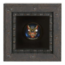"""GLASS U.S. ARMY HORSE BRIDAL ROSETTE, WWII ERA (1941-45) WITH A """"V"""" FOR VICTORY"""